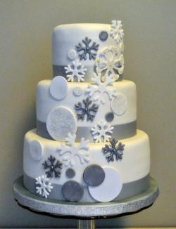 Gâteau flocons de neige argentés