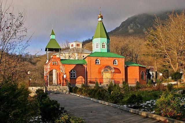 мужской монастырь пятигорск