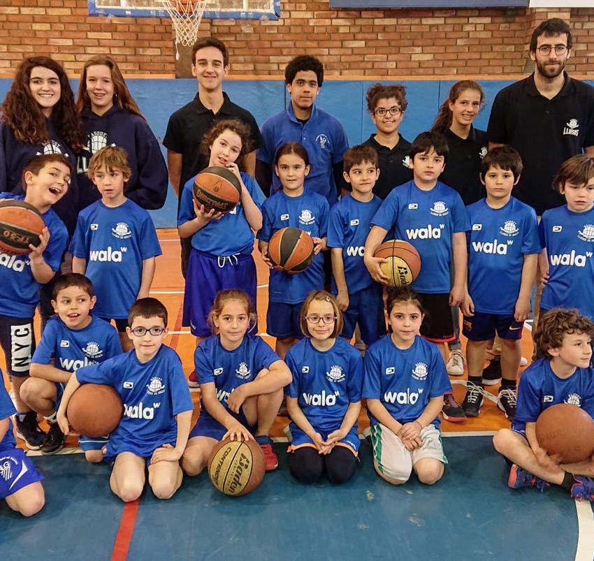 Escoleta basquet claret 2