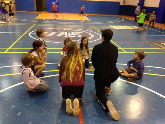 L'escola de bàsquet dels Lluïsos de gràcia