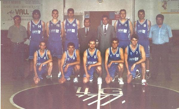 2001. Entrenats per Josep M. Rofes ajuda