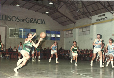 Abril_1988.__Nino_Buscató_en_la_Trobada_