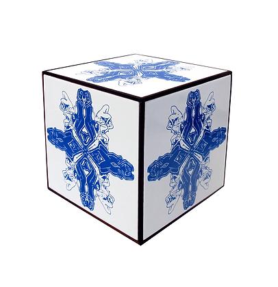 """Cubo de azulejos (6 azulejos """"endógeno""""), 2018 - Fernando de La Rocque"""