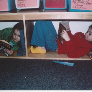 reading_hive_version_with_2_kids-1.jpg