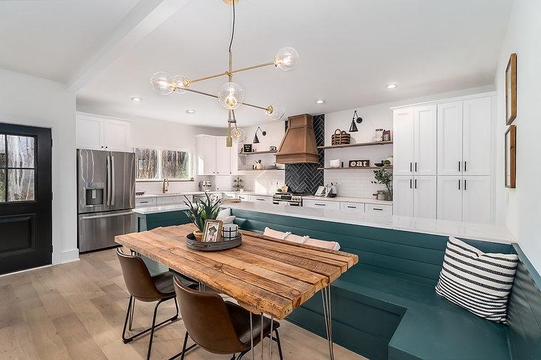 modern farm house kitchen.jpg