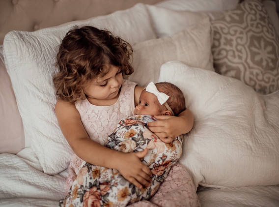 Naomi Newborn Family Photo Album-18.jpg