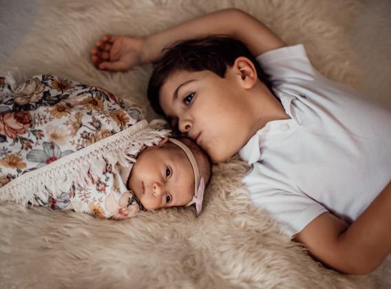 Naomi Newborn Family Photo Album-39.jpg