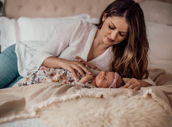 Naomi Newborn Family Photo Album-59.jpg