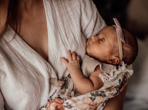 Naomi Newborn Family Photo Album-47.jpg