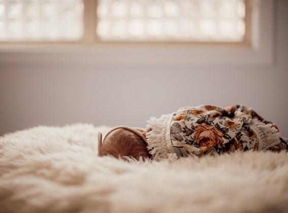 Naomi Newborn Family Photo Album-34.jpg