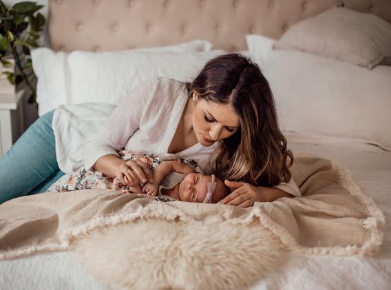 Naomi Newborn Family Photo Album-60.jpg