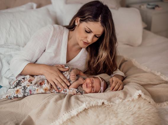 Naomi Newborn Family Photo Album-58.jpg