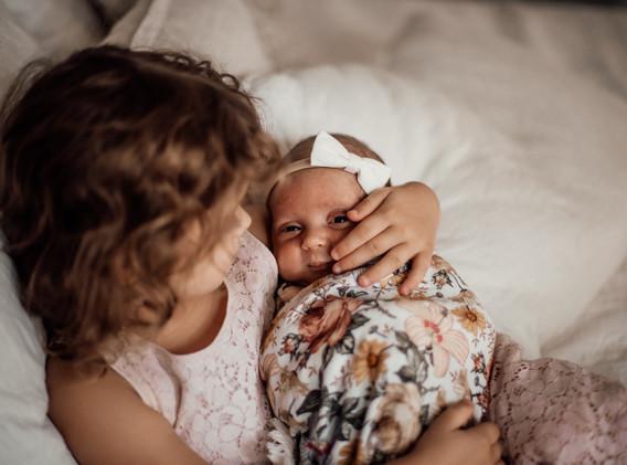 Naomi Newborn Family Photo Album-19.jpg