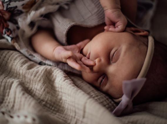Naomi Newborn Family Photo Album-56.jpg