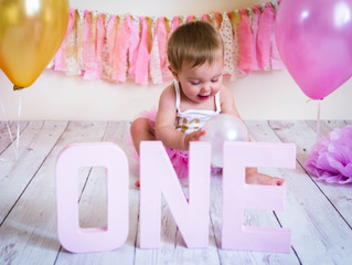 Cake Smash - Aaliyah Turns One