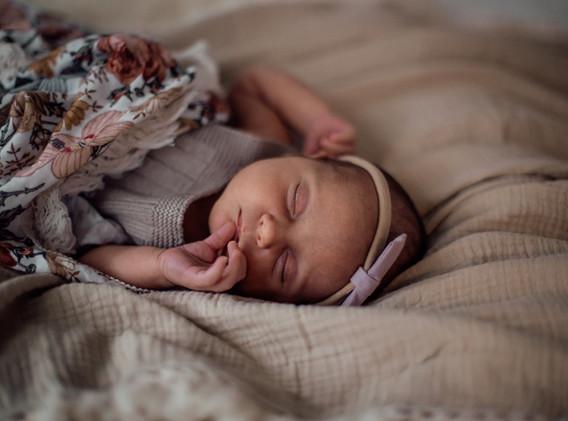 Naomi Newborn Family Photo Album-49.jpg