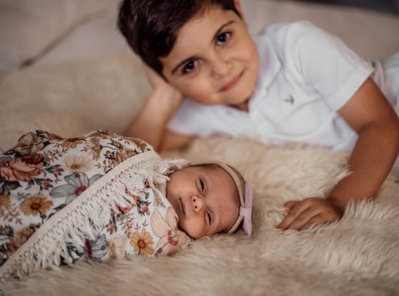 Naomi Newborn Family Photo Album-37.jpg