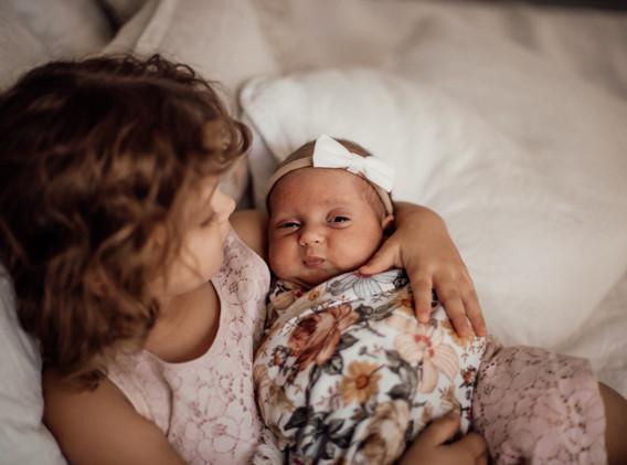 Naomi Newborn Family Photo Album-20.jpg