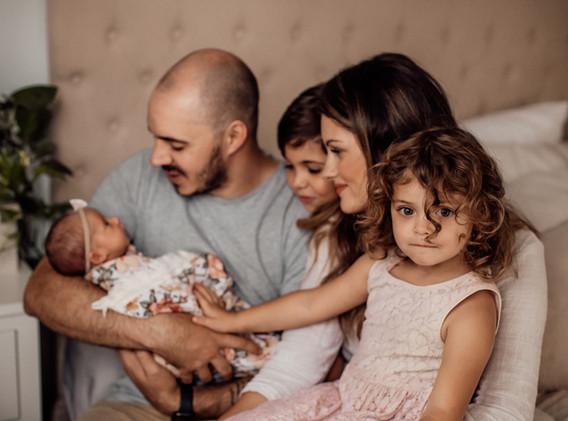 Naomi Newborn Family Photo Album-10.jpg