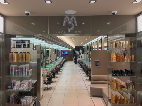 Espace boutique et espace coiffure du troisième salon MP
