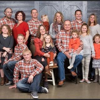 Family%201_edited.jpg