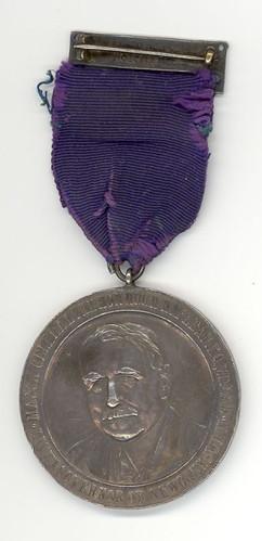 moncton-hawks-1932-33-medal-reverse-view