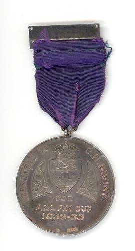 moncton-hawks-1932-33-medal-obverse-view