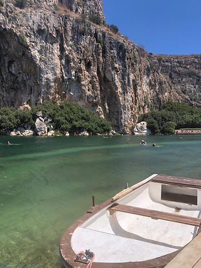 אתונה המלצות לאתונה מלונות באתונה אגם וו