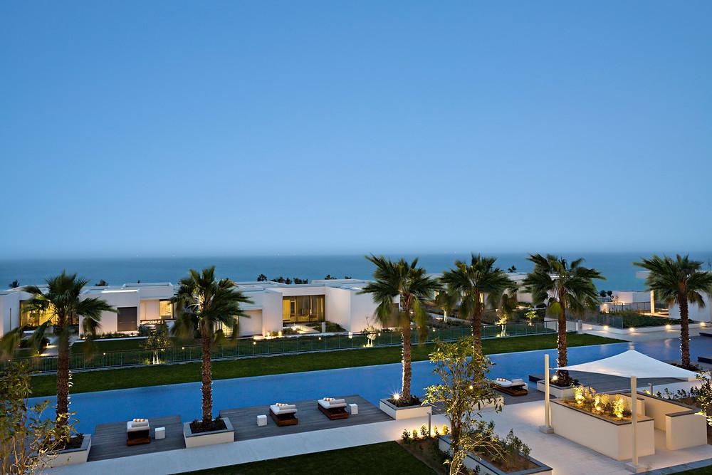 Top cultural travel locations - Beach layover in Dubai resort