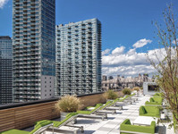 LIC PRIVATE ROOF DECK