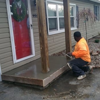 Concrete, masonry,  construction, knee pads
