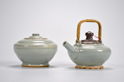 Broken and Fixed, Teapot and Jar