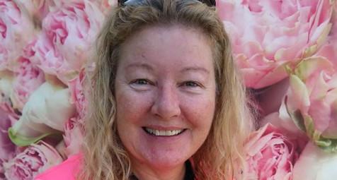 Minister (E) Deborah