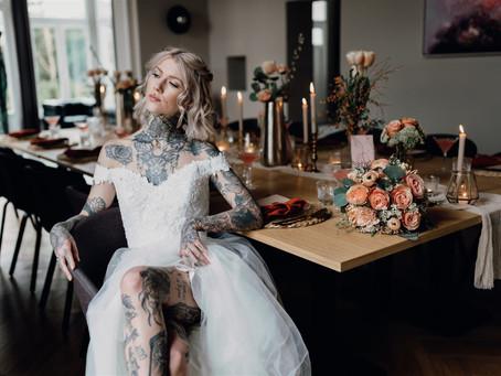 """""""Peach Wedding"""" -  Heiraten im eigenen Zuhause in kleinem Rahmen mit schöner Hochzeitsdeko"""