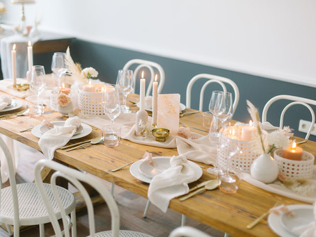 Der Fine Art Hochzeitstrend modern und neu erfunden - Fine Art Wedding in Nude, Peach, Rosa und Gold