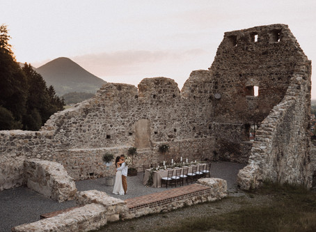 Bella Italia - Destination Wedding in alter rustikaler Ruine in Italien - Heiraten in der Toskana