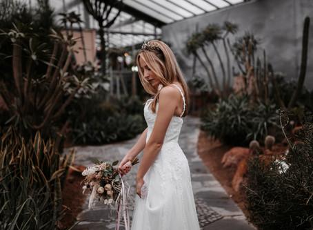 """""""PURE"""" - Prinzessin oder Boho-Braut - zwei unterschiedliche Bridal Looks"""