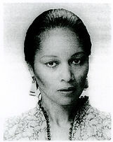 Yvonne Rose closeup 1982.jpg