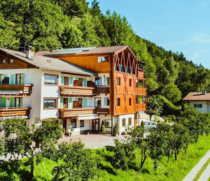Sanierung und Erweiterung Gasthof Wöhrmaurer Feldthurns (BZ)