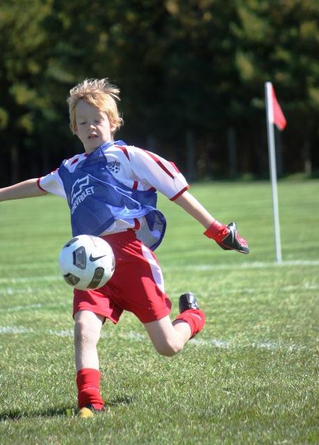 Luke_SoccerBigKick - Fall 2011(web)