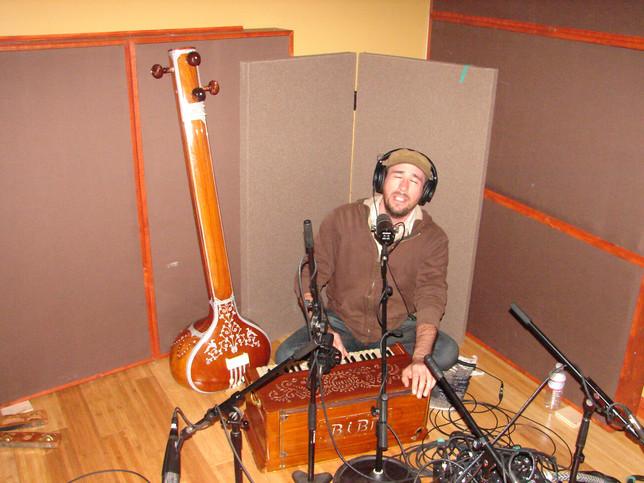 Nick Lambert tracking harmonium.jpg