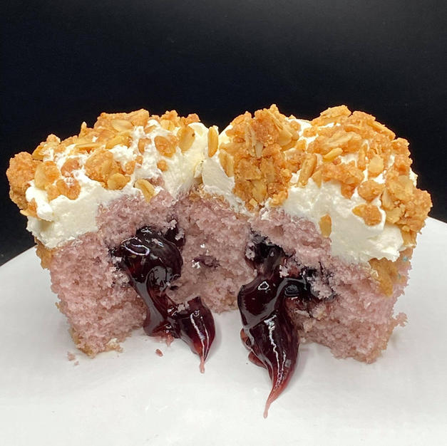 Blueberry Crumble Cupcake