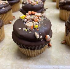 Reese's Pieces Chocolate Dip Cupcake