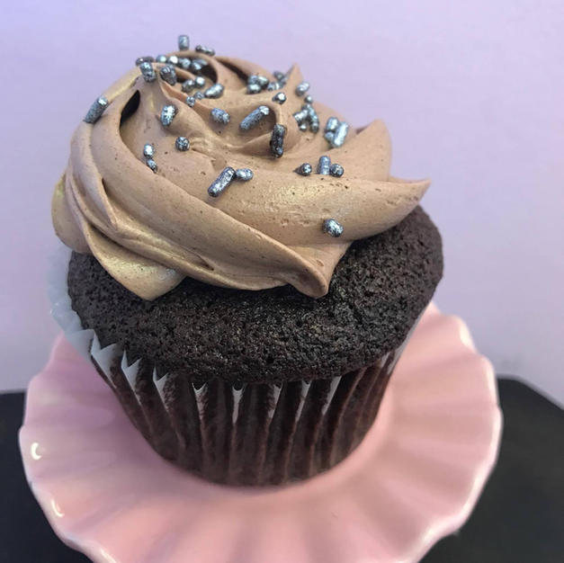 Old Fashion Chocolate Buttercream Cupcake
