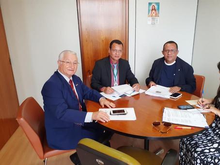 Presidente do Instituto São José encontra-se com deputados federais e senadores em busca de emendas