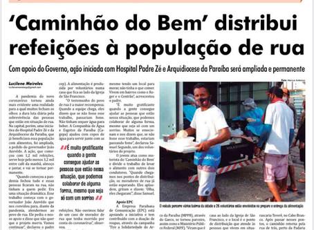 'Caminhão do Bem' distribui refeições à população de rua