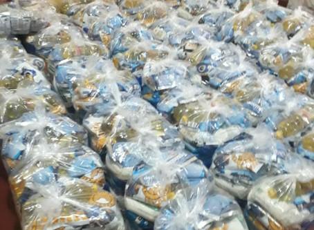 Em parceria com a Fundação Banco do Brasil, o Instituto São José distribuiu cestas básicas e kits de