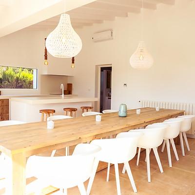 Real Estate: Anna Toskas