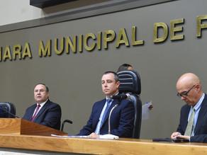 Câmara Municipal homenageia os garis pelo dia