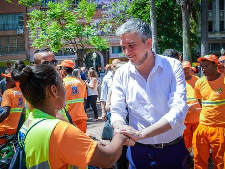 Serviço de limpeza urbana de Porto Alegre é ampliado e traz novidades